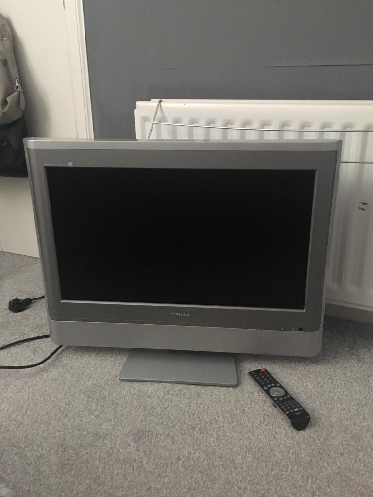 "Toshiba 32"" flat screen HD ready tv"