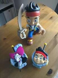 Jake and the Netherland Pirates - walkie-talkie and talking figure