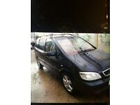 2004 Vauxhall zafira in black service history starts well in cold mornings £599 no offers