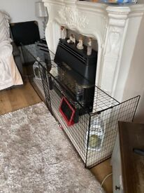 Extendable fire guard, great condition.