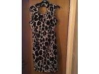 Kim kardashian dress size 10. Lovely dress from dorothy Perkins. Worn once for a wedding.