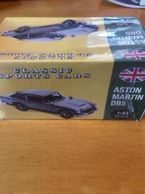 Classic sports car, Aston Martin DB5