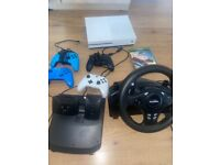 Xbox ONE S , 4 controllers docking station for controll forza horizon steering wheel and all wires