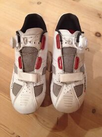 Louis Garneau LS100 cycling shoes with cleats