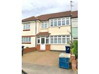 MIDD TERRACED 3 BED HOUSE PART FURNISHED PARKING GARDEN 15 MINS WALK TO GREENFORD STATION TO LET