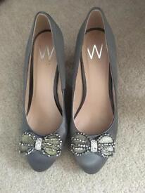 Wallis Grey Shoes Size 6