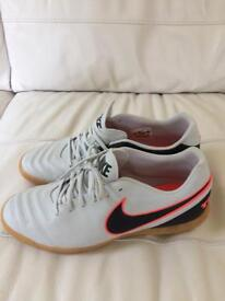 Nike men's trainers size 10