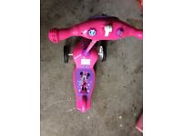 Kids Minnie Mouse scooter excellent condition