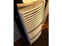Brand new Italian Delonghi white curved towel rail with fixtures electric/central heating 118x60cm