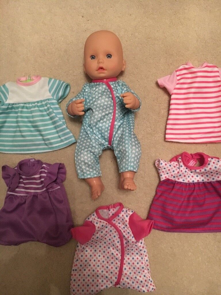Dress up doll with several clothes