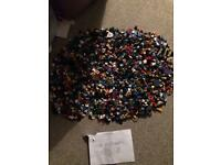 Massive minifigures bundle hundreds and hundreds