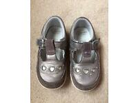 Girls clarks shoes infant size 6 1/2 F