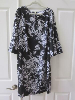 NWT CALVIN KLEIN Woman Plus Black w/ Gray & White Flower Print Dress Sz 20W