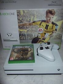 XBOX ONE 500GB GO FIFA 17 BUNDLE