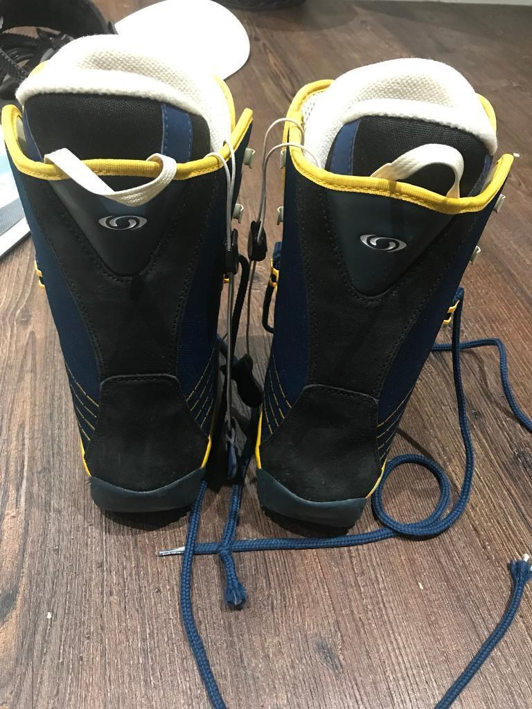 Salomon UNISEX Snowboarding Boots UK 4.5