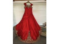 Asian Bridal Wedding Outfit Size 10-12 with Matching Jewellery