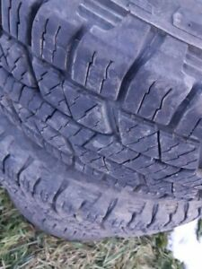 235/75/r15 all season tires