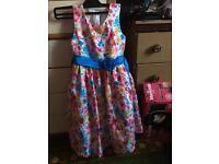 Girls flowery dress age 8