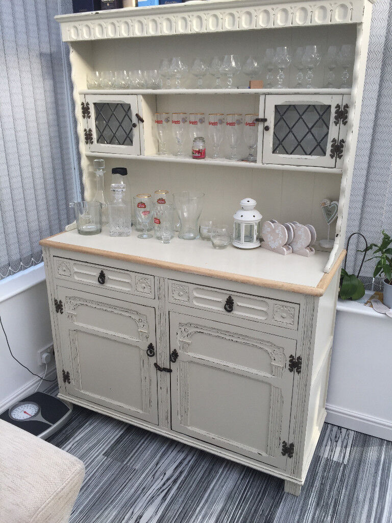 Shabby Chich Display Unit / Cabinet/ Bar