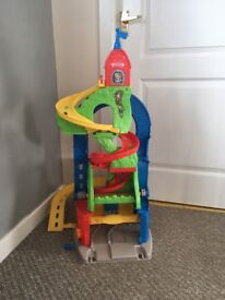 Toy car car/race track, comes with two cars, is good condition hardly used