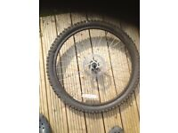 Mountain bike wheel/tire