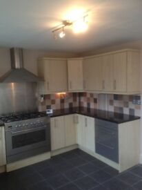 beautiful 3 bed home in Litchard