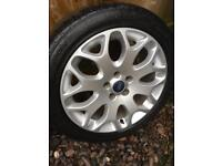 """Ford 17"""" genuine alloys came off a focus"""