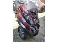 #MAuto(S) = 2007 Piaggio MP3 250cc RED LOW MILEAGE MOT Cheap Rd TAX ONE of A KIND The BEST