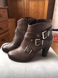 Brown leather designer boots -new