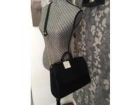 New Look Black With Gold Chain Handbag