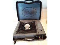 PORTABLE GAS STOVE / CAMPING COOKER