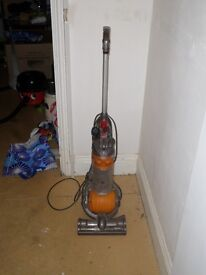 Dyson DC24_Dyson Slim Vacuum Cleaner_Used
