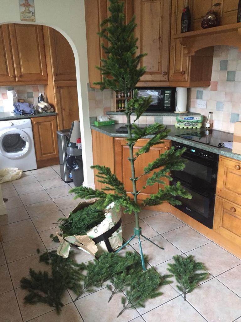 Artificial Christmas Tree (high quality)