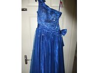 BEAUTIFUL PROM DRESS/BALLGOWN - ROYAL BLUE SIZE 6/8