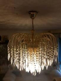 Light chandeliers