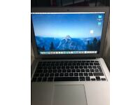 "Apple MacBook Air 13"" Core i5 1.6Ghz 128GB"