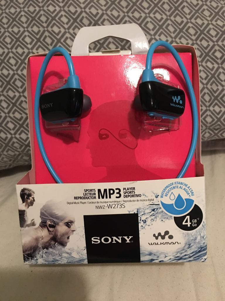 Sony 4gb Waterproof All In One Player