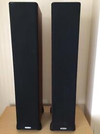 Polk Audio Tsi300 Speakers. Pair Polkaudio Cherry Floor Standing Speakers