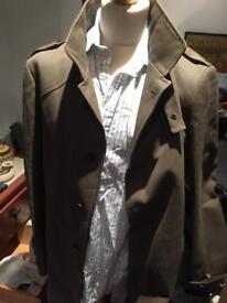 Brown / khaki elegant coat size L