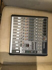 Mackie Pro FX 12 mixer