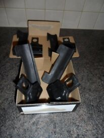 Thule 1440 rapid fitting kit for Toyota Auris - good condition, rubber feet, part no. 266 and 267
