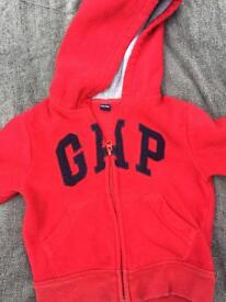 Gap red fleece 2 yrs vgc
