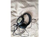 Sennheiser headphones like new sound great
