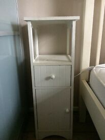 2 bedside tables for sale