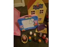 Peppa pig bundle with toy box