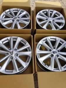 BRAND NEW TAKE OFF FACTORY OEM 2018 NISSAN QUASHQAI  17 INCH ALLOY WHEEL SET OF FOUR.