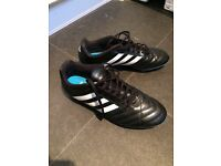 Adidas moulded stud size 9 football boots