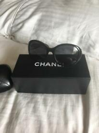 CHANEL GENUINE SUNGLASSES