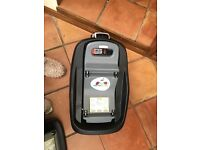 Maxi cosi isofix base for pearl and pebble