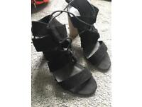 New look sandals size 7